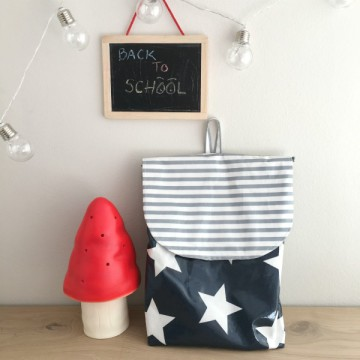 mochila-molona-estrellas